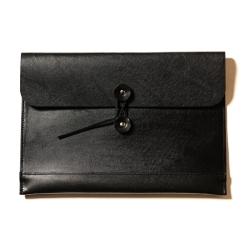 Кожаная папка черного цвета для документов формата А4 и ноутбука 13.3 от Long River, арт. FP-020
