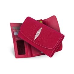 Вместительный женский кошелек красного цвета из натуральной кожи ската от Quarro, арт. WT-127