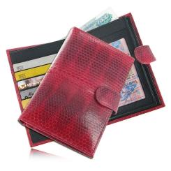 Яркий женский кошелек из натуральной змеиной кожи красного цвета  от Quarro, арт. WN-091