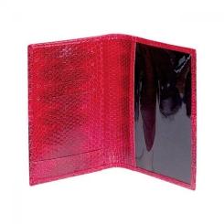 Ярко-красная обложка для паспорта из натуральной кожи змеи от Quarro, арт. AN-010