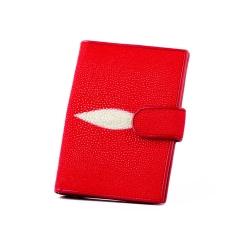 Красная обложка для документов из натуральной кожи ската от Quarro, арт. AT-188