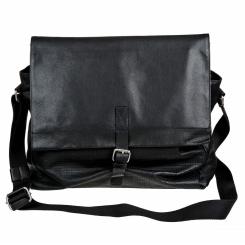 Стильная черная мужская кожаная сумка через плечо с одним отделением от Bodenschatz, арт. 8-242 black