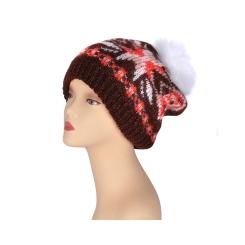 Бордовая женская шапка с помпоном, выполнена из натуральной шерсти от Fabretti, арт. S2015-8-coffe