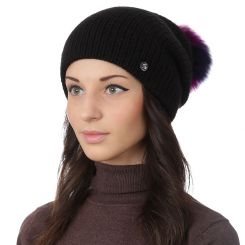 Стильная женская шапка с помпоном, из натуральной шерсти и альпаки черного цвета от Fabretti, арт. F2018-3-18
