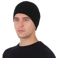 Мужская шапка из натуральной шерсти черного цвета, с простым плетением от Fabretti, арт. F2018-54-18