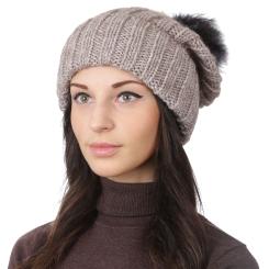 Женская шапка с помпоном, из натуральной шерсти и альпаки бежевого цвета от Fabretti, арт. S2018-5-beige