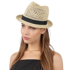 Модная женская шляпа бежевого цвета с отделкой на тулье от Fabretti, арт. GL26-3 beige