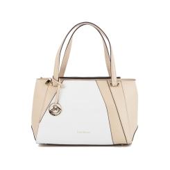 Женская бежевая сумка с белой вставкой и фирменной подвеской от Fiato Dream, арт. 2023-d145970