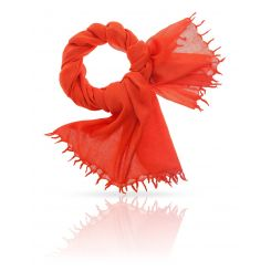 Яркий и стильный женский палантин из натуральной шерсти красного цвета от Michel Katana, арт. W-LAINE/TIGERLILY