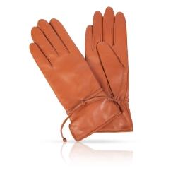 Женские перчатки из натуральной кожи ягненка коричневого цвета от Michel Katana, арт. K13-CINTESY/TAN