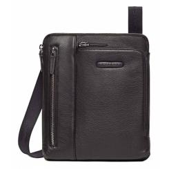 Компактная мужская сумка из натуральной кожи с отделом для планшета от Piquadro, арт. CA1816MO/N