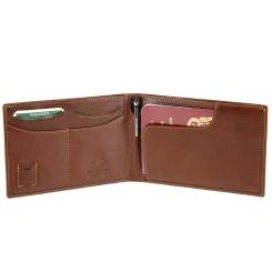 Мужское портмоне раскладного формата, выполненное из натуральной кожи от Visconti, арт. MZ9 Italian Brown